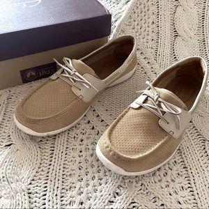 Clarks boat shoe